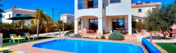 November to March Dates Available – BOOK NOW – Luxury 3 Bed Villa in Secret Valley, Paphos, Cyprus inc free wifi, welcome pack, air con/heating, meet & greet and a English manager available throughout your stay