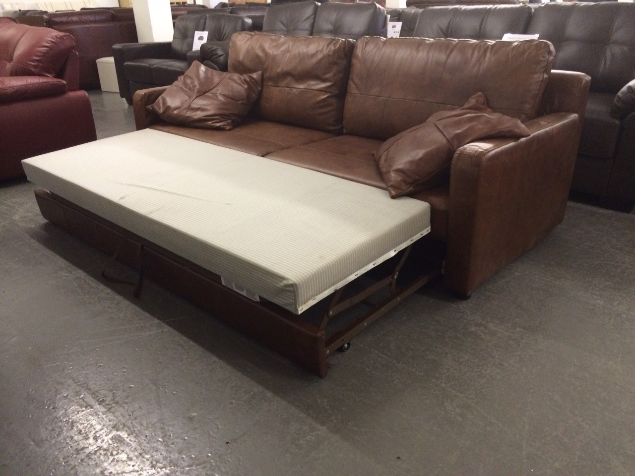 Bbx uk sale aniline leather sofa bed by neumann leathers for Sofa bed uk sale