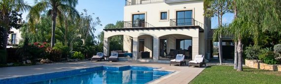 Palm Retreat Villa, Secret Valley in Cyprus – 4 bedrooms, 4 bathrooms and pool – 3rd – 10th June!